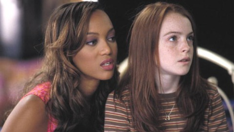 """Blast From The Past: Tyra Banks Will Reprise Her Role As Lindsay Lohan's Doll In Disney's """"Life-Size"""" Sequel   StyleCaster"""