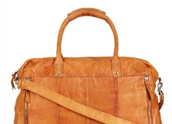15 Fashionable Duffle Bags Ideal For Weekend Getaways