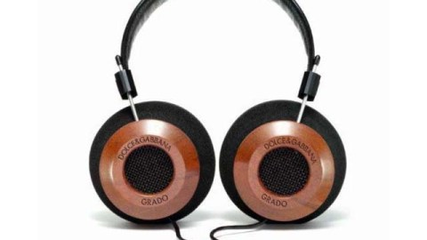 The Holiday A-List: Music Just Sounds So Much Better Through Designer Headphones | StyleCaster