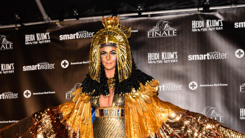 StyleCaster Top 10: Heidi Klum's Cleopatra Costume, Buy Blair Waldorf's Headbands, More | StyleCaster