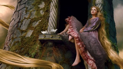 Taylor Swift Poses As Rapunzel For New Disney Ad By Annie Leibovitz | StyleCaster