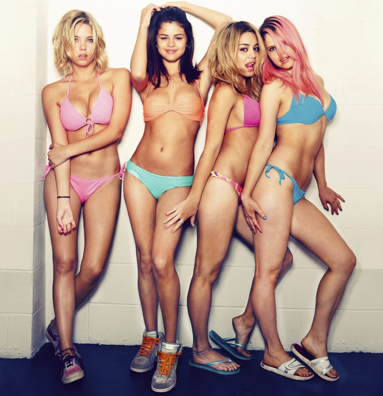 The 5 Best Things About Spring Breakers Trailer, From Neon Fashion to James Francos Cornrows