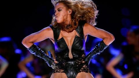 Beyoncé Reunites With Destiny's Child For Super Bowl Halftime Show, Wears Rubin Singer | StyleCaster