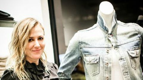 Stylist Cher Coulter tells us the one celebrity she thinks could pull off jeans on the red carpet   StyleCaster