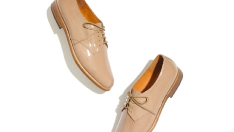 Want: Easy-breezy (and flattering!) Madewell oxfords   StyleCaster