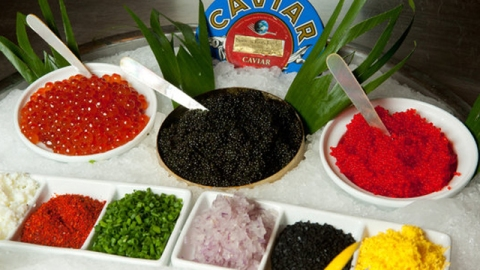 Stuff We Love: All You Can Eat Caviar Buffet Arrives In Las Vegas | StyleCaster