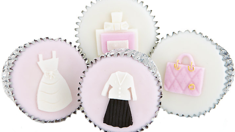 Stuff We Love: Designer Desserts Just Got A Whole Lot Swankier Thanks To Christian Dior Cupcakes | StyleCaster