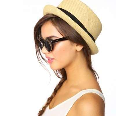 Shop It Right Now: Stylish Straw Hats For Spring