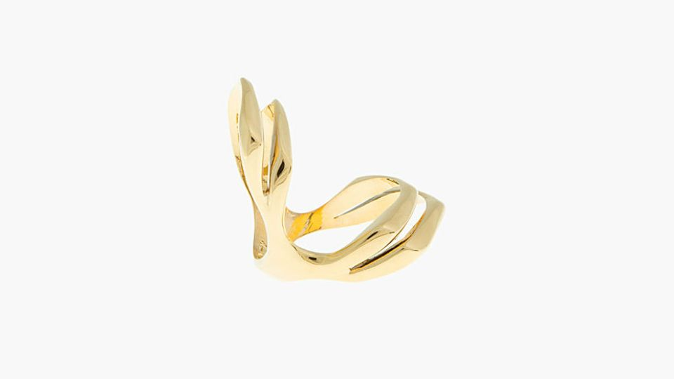 Want: A Delicate Gold Knuckle Ring That Adds Just The Right Touch | StyleCaster