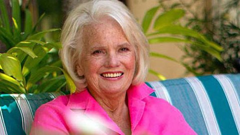 Remembering Lilly Pulitzer: 5 Things You Didn't Know About the Queen of Prep   StyleCaster