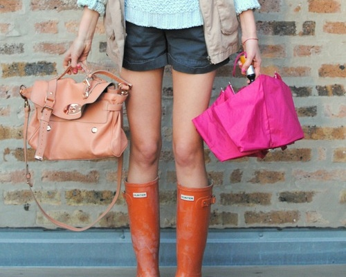 10 Cool Ways To Wear Your Old Rubber Rain Boots This Spring