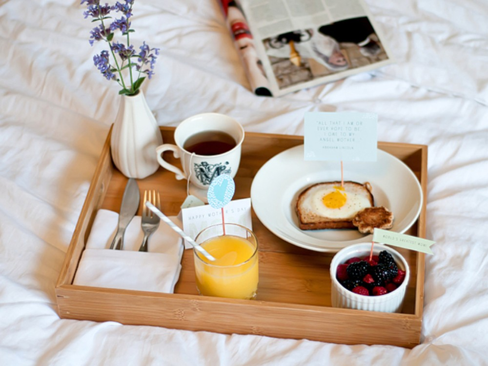 How To Make The Perfect Breakfast In Bed For Mother S Day Stylecaster
