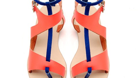 Want: A Chic Pair Of Asymmetrical Flat Sandals In A Cool Color Combination | StyleCaster