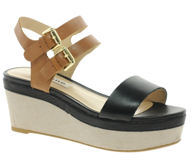 flatform1 5 Pairs of Flatforms That Are Actually Chic (As Opposed To Clunky and Weird)