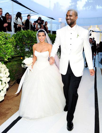 Report Kanye West And Kim Kardashian Set A Wedding Date Stylecaster