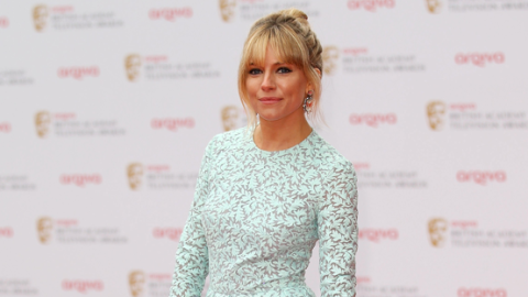 Sienna Miller Rocks BAFTAs Red Carpet in Matthew Williamson Dress and Studded Louboutins   StyleCaster