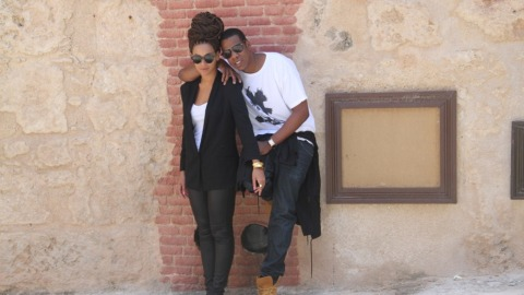 Steal Her Style: Beyoncé's Striped Tabitha Simmons Espadrilles | StyleCaster