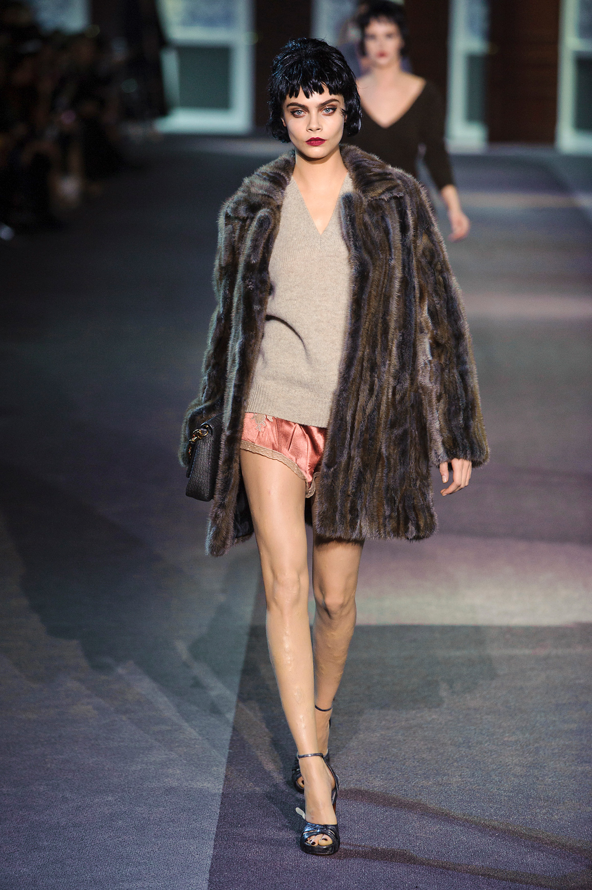 caradelevingnelouisv Marc Jacobs Once Called Cara Delevingne a Dwarf And Refused To Cast Her In Louis Vuitton Runway Show