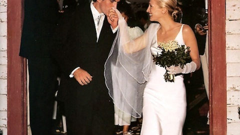 #Throwback Thursday: Carolyn Bessette and John F. Kennedy's Jr. Truly Timeless Wedding | StyleCaster
