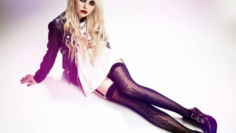 'Gossip Girl' Star and Rocker Taylor Momsen Has Signed With Next Model Management | StyleCaster
