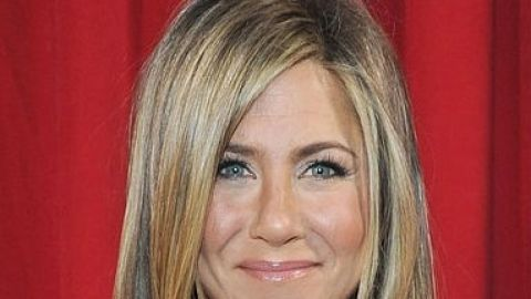Links To Click: Jennifer Aniston's Wedding Hair, Kate Middleton's Last Official Maternity Look, More   StyleCaster