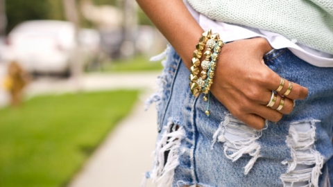 Jewelry Care Tips: 5 Ways To Protect Your Pieces While Traveling This Summer | StyleCaster