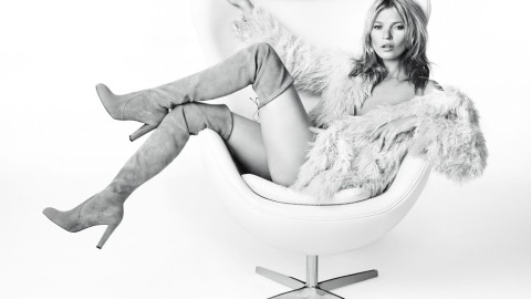 First Look: Kate Moss Looks Gorgeous In Stuart Weitzman's Fall Campaign | StyleCaster