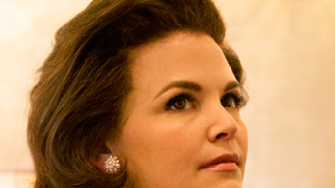 First Look: See Ginnifer Goodwin As Jacqueline Kennedy Onassis | StyleCaster