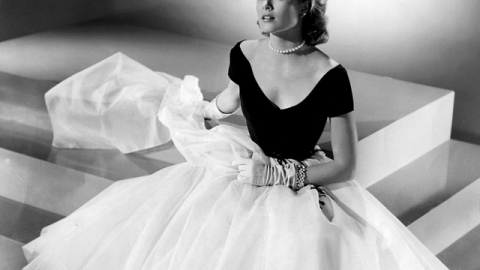 Stuff We Love: Grace Kelly's Iconic Haute Couture Looks Go On Display   StyleCaster