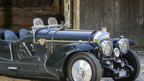 On the Auction Block: Houdini's Manuscript and a Rare Bentley | StyleCaster