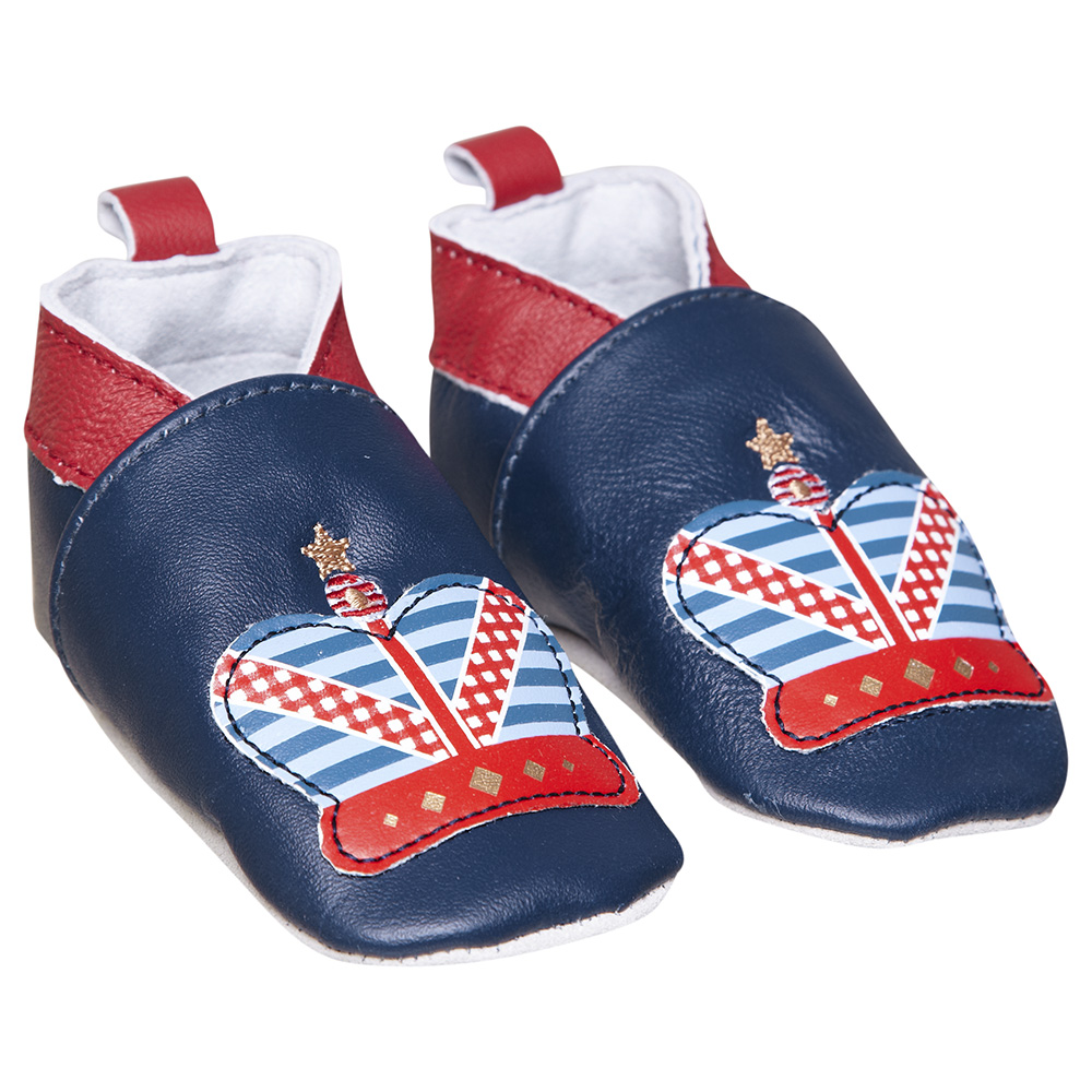 booties Kate Middletons Child is Already A Money Maker: 9 Crazy Royal Baby Souvenirs