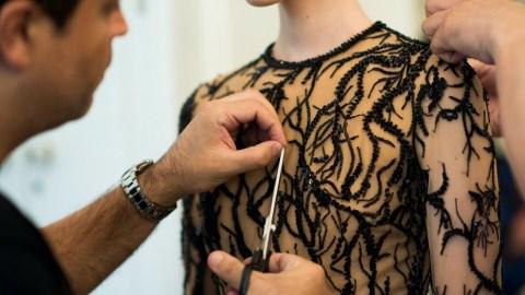 Links to Click: Inside Zuhair Murad's Workshop, Kate Middleton's Pregnancy Cravings, More | StyleCaster