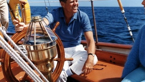The Vivant's Top 10: Sailing On JFK's Prized Yacht and the Most Expensive Mansions On Sale In US | StyleCaster