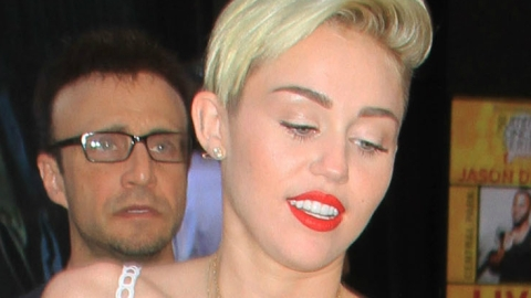 Miley Cyrus Wears Tiny Bra and Matching Skirt on 'Good Morning America' | StyleCaster