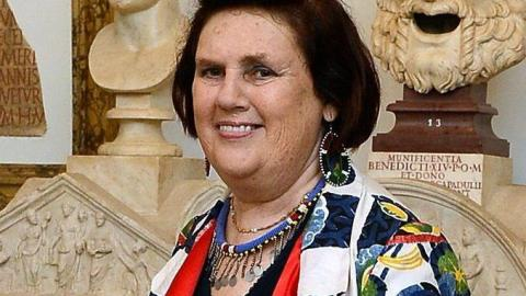 Check Out Suzy Menkes' Online-Only Christie's Action: Vintage Chanel, Pucci, Versace, More | StyleCaster