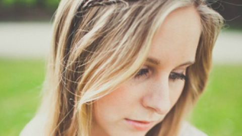 How To Do a Perfect Headband Braid For Fall | StyleCaster