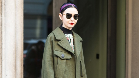 The Prettiest Ways to Wear a Headband Without Looking Like a Child   StyleCaster