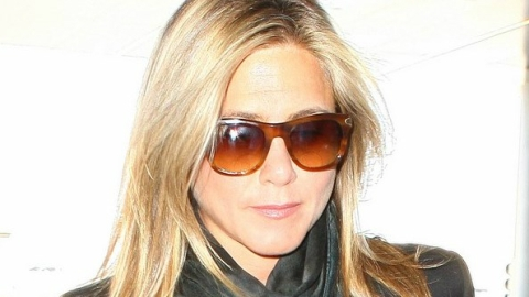 Steal Her Style: Jennifer Aniston's Chic Summer Scarf from AllSaints   StyleCaster