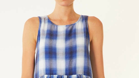 Want: A Polished Plaid Dress To Ease Us Into Fall | StyleCaster