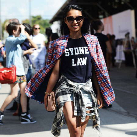 profile Tie Your Shirt Around Your Waist: How To Wear The 90s Trend Now