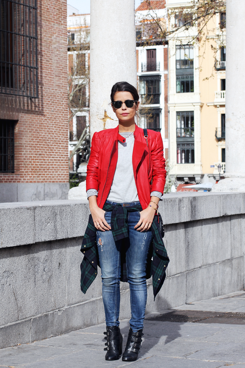 Red_Biker_Jacket-Check_Shirt-Street_Style-Outfit-1
