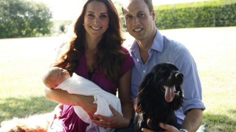 Awww! See The Royal Baby's First Official Photos | StyleCaster
