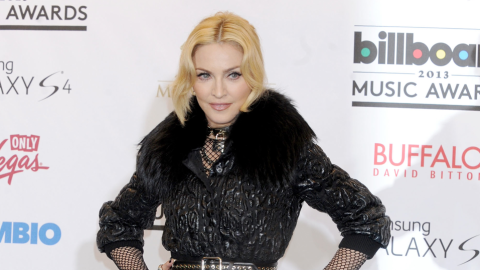 Women Are Getting Cosmetic Surgery to Avoid Having Hands Like Madonna | StyleCaster