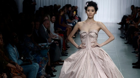 How Much Do Fashion Shows Cost? Inside the Business of Fashion Week | StyleCaster
