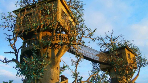 The Vivant's Top 10: The Most Incredible Tree Houses and Caroline Herrera's Decor Must-Haves | StyleCaster