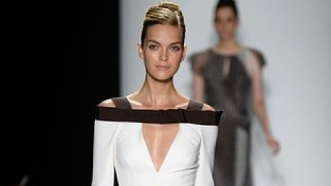 See Every Look From Carolina Herrera's Feminine Spring 2014 Collection | StyleCaster