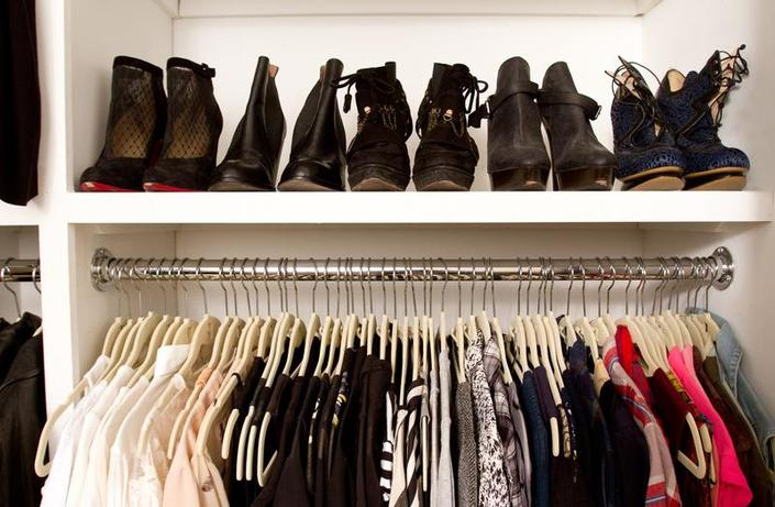 how to organize your closet and sell stuff online