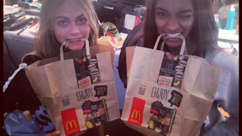 Model Diets: Cara Delevingne and Joan Smalls Eat McDonald's During Fashion Week | StyleCaster