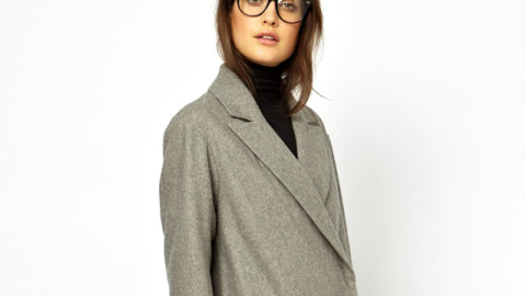 Want: An Unapologetically Oversized Coat to Wrap Up In This Fall | StyleCaster