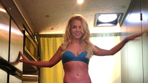 Britney Spears Shows Off Toned Body in Tiny Bikini and Louboutins | StyleCaster